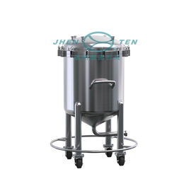 China 600L-20000L Mobile Stainless Steel Storage Tank With Wheels / SS304 SS316 Oil Tank Price supplier